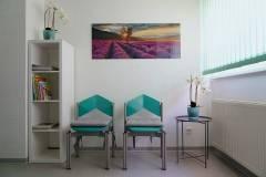 Wartezimmer-Zahnarztpraxis-Rapp